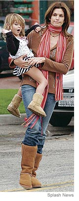 Cindy & daughter in uggs